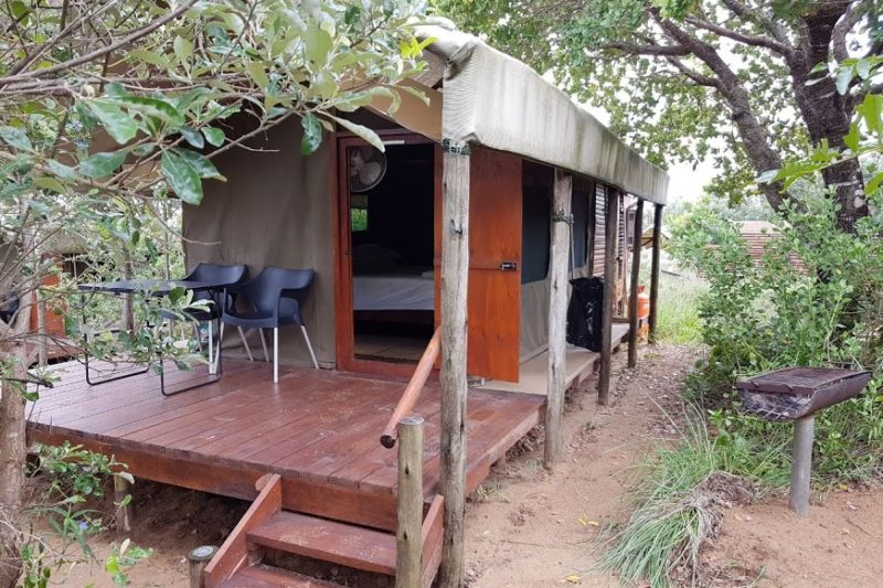 Kosi Bay accommodation - permanent tents